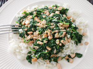 Spinazie met zalm en rijst