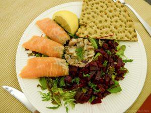 Zweedse salade met knäckebröd