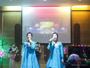 Karaoke bij het avondeten