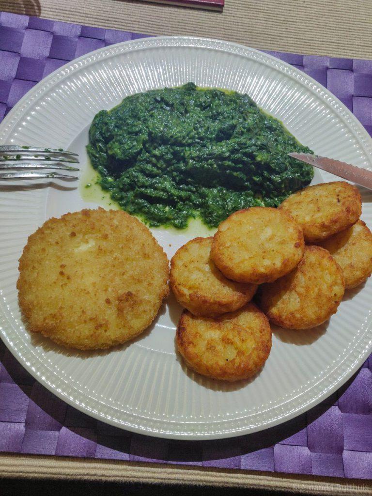 Kaasschnitzel met spinazie