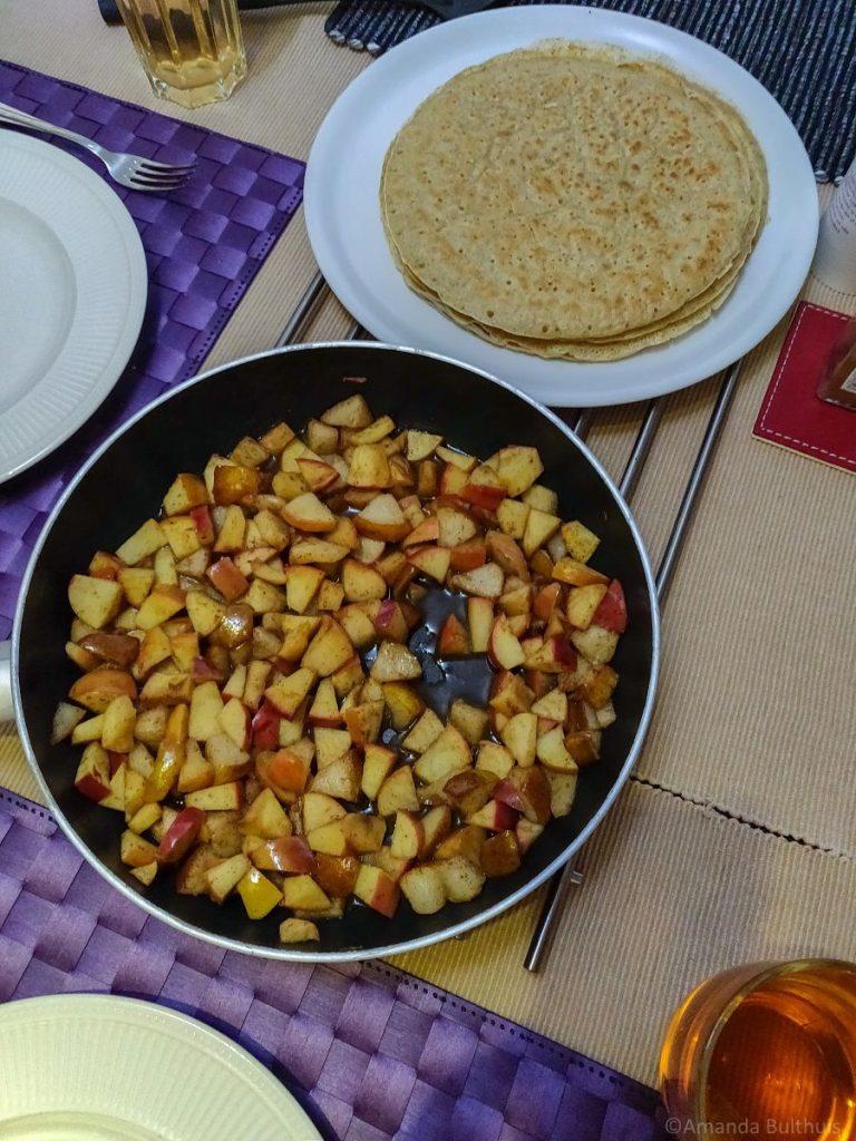 Pannenkoeken met appel en peer