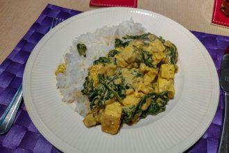 Vegan saag paneer met tofu