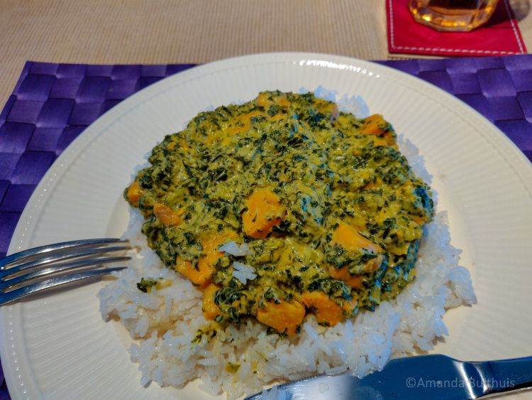 Curry met zoete aardappel en boerenkool