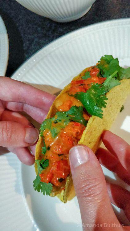 Taco's met bloemkool en zoete aardappel