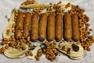 Traybake vegetarische worstjes, venkel en kikkererwten