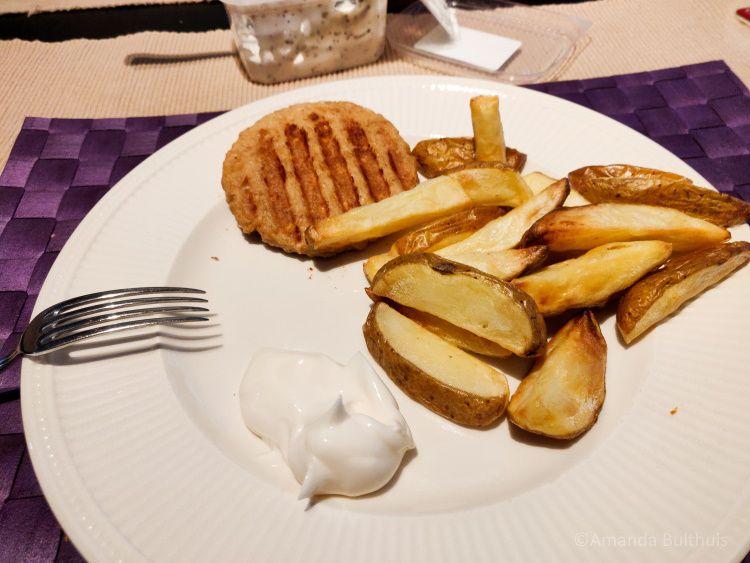 Friet en bofkipburger